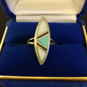 🌟2/$10 Turquoise, Onyx, Mother of Pearl Ring
